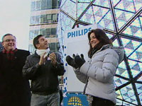 Philips: Times Square Ball glitters with 32,256 LEDs